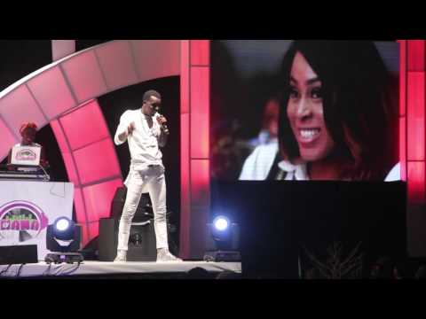 Video (stand-up): Akpororo Performs at Akpororo vs Akpororo 2016