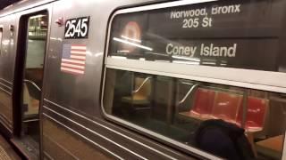 IND Sixth Avenue Line: Bronx-bound D Express Train@West 4th Street