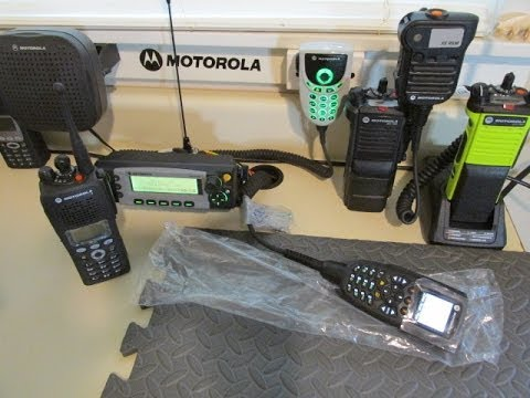 MOTOROLA XTL5000 03 HEAD IN SERVICE MODE AND TX AND REC FOR CHAD - SHIPS  OUT MONDAY!
