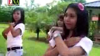 WAPBOM COM   Lagu Sasak Lombok   Dedare Cesing
