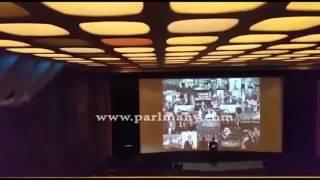 بالفيديو.. باسم يوسف يتعرض لموقف محرج من الجمهور خلال حفله بلندن