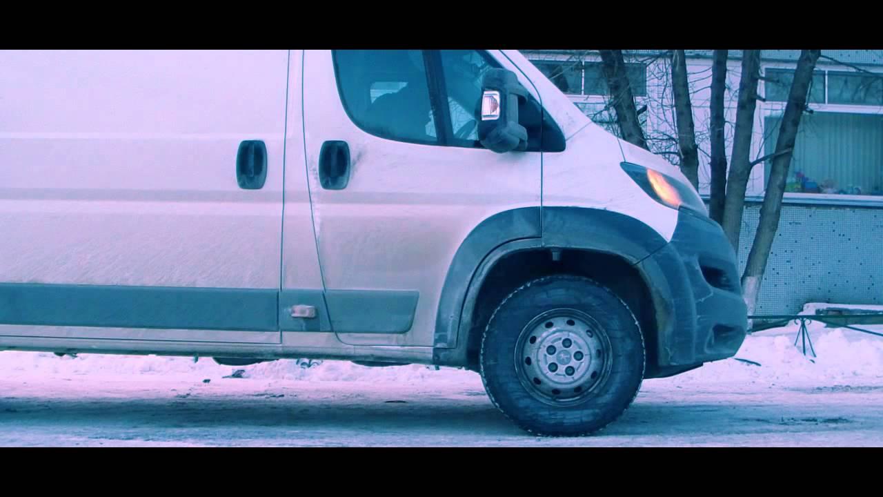 В линейке фургонов лидирующие позиции давно и заслуженно занимает фиат дукато грузовой. Детище итальянского автоконцерна высоко держит свое реноме, отличаясь от собратьев большей надежность, экономичностью, простотой в эксплуатации и ремонте. Купить фиат дукато фургон – значит,