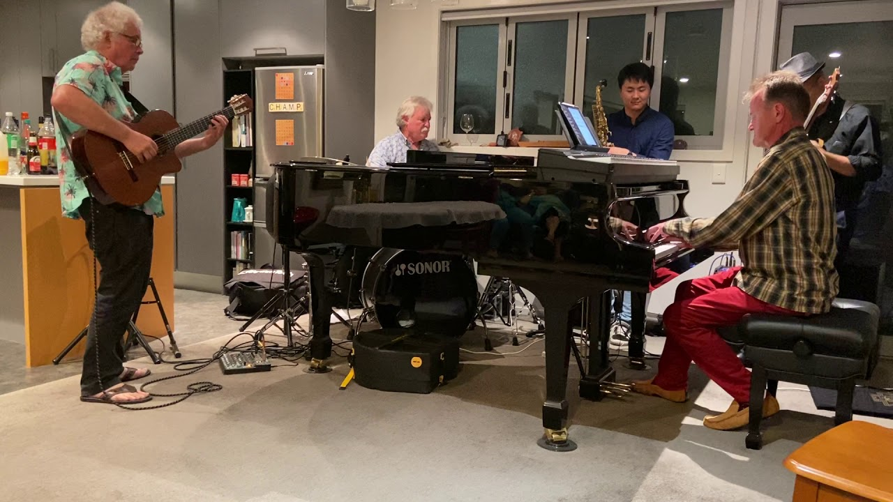 Summertime by George Gershwin, arr. Chris Artley. Performed at Chris's residence on 31 Dec 2020.