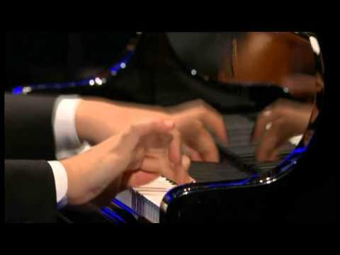 Nobuyuki Tsujii - Liszt - La campanella