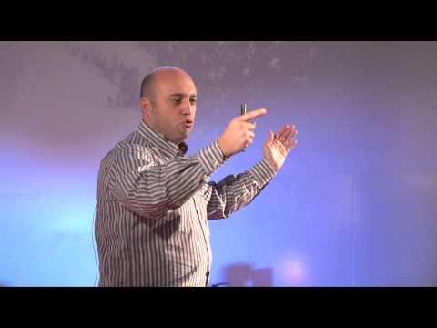 De Portugal para o espaço | Bruno Carvalho | TEDxPenafiel