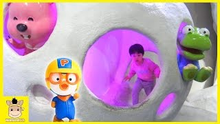 Kids Indoor Play Area with Children Activities and Kids Toys! Pororo Theme Park | MariAndKids Toys