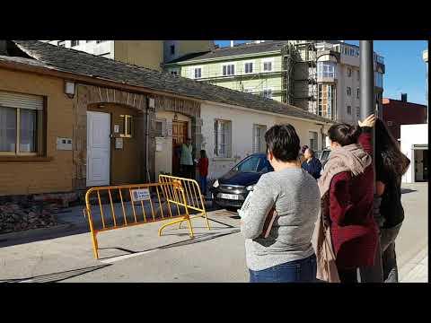 Apuntalan las viviendas de Casas Baratas tras el desmoronamiento