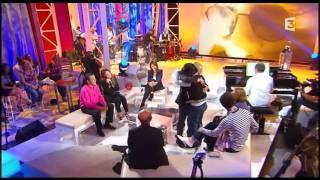 Hélène Ségara - Petite fille du soleil @Chabada (02-10-11)