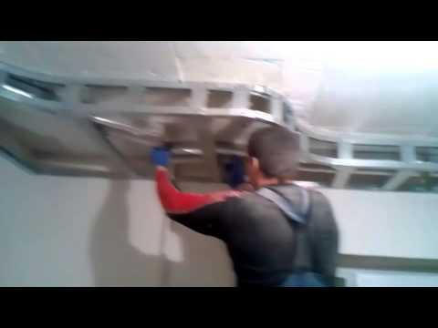 видео: Потолок из гипсокартона своими руками.  Видео инструкция