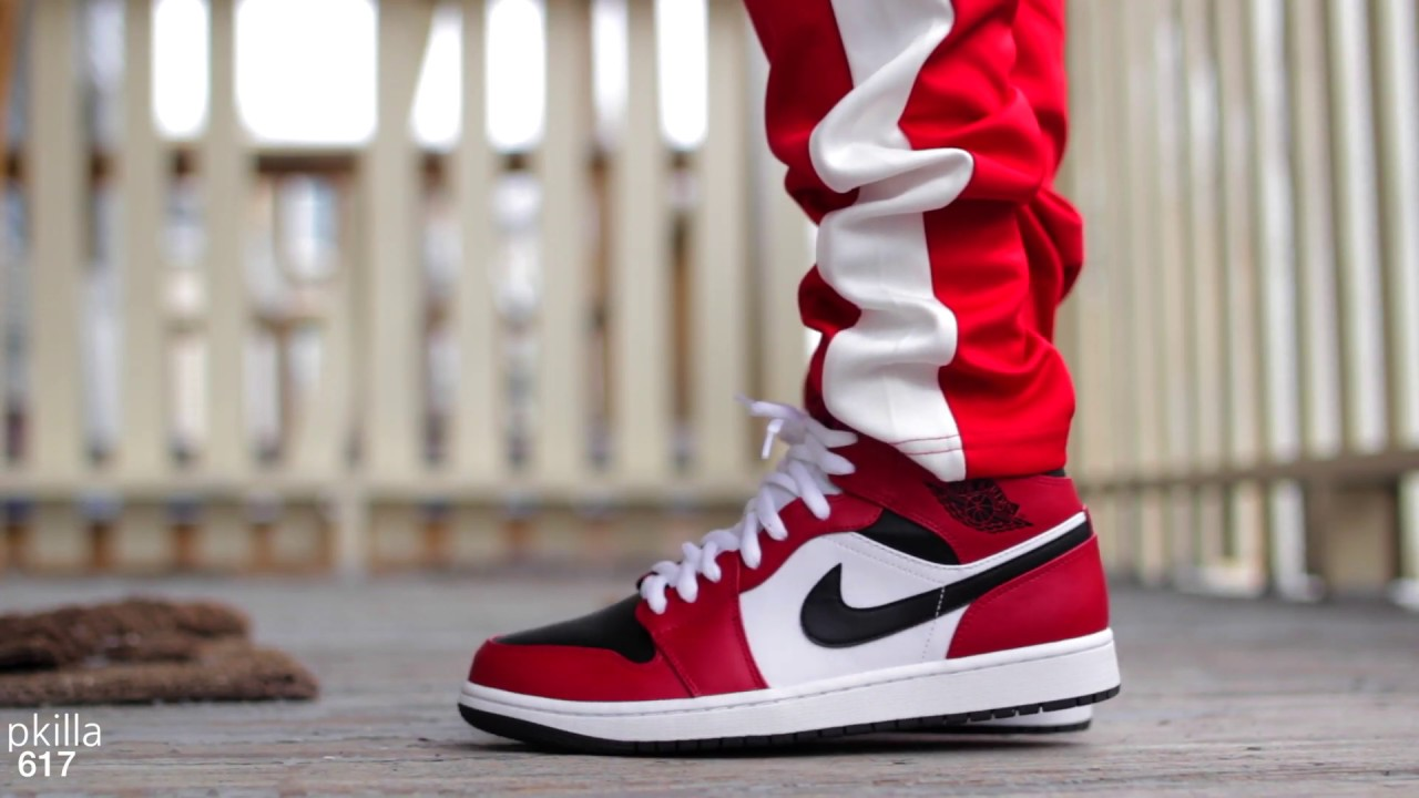 Air Jordan 1 Mid Chicago Black Toe Review And On Feet Youtube