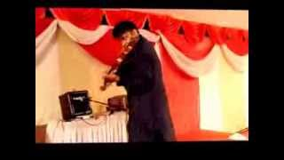 Electric Violin Fusion of South Indian Carnatic Music and a Popular North Indian Bhajan
