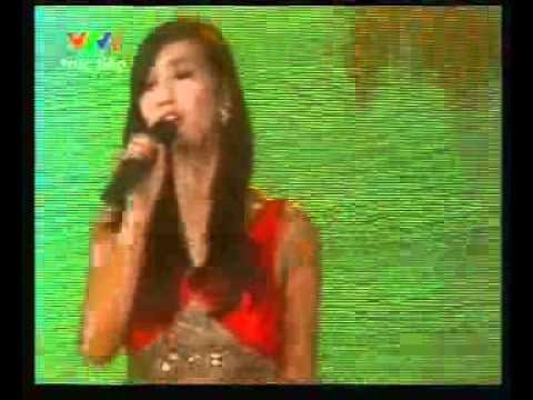 Lã Thanh Huyền thể hiện ca khúc Giấc mơ hạnh phúc