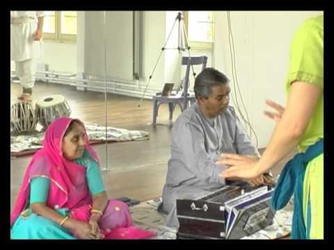 Kathak dance Master class by guru Girdhari Maharaj at ARTA Paris