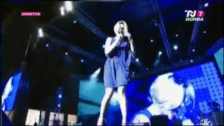 EMMA MARRONE-CERCAVO AMORE-BATTITI LIVE 2012