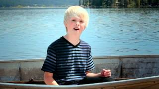 One Direction - What Makes You Beautiful by 10 yr old Carson Lueders acoustic cover