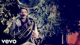 Calibre 50 - Polvo Y Nada (Official Video)