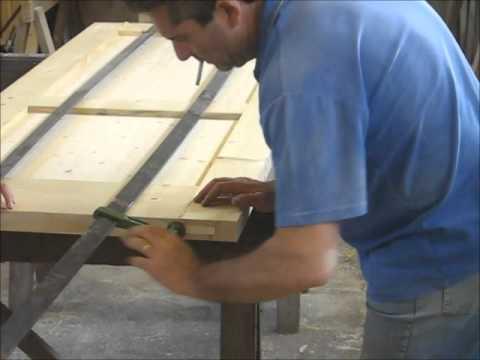 Verniciare il legno | Guida completa illustrata passo-passo
