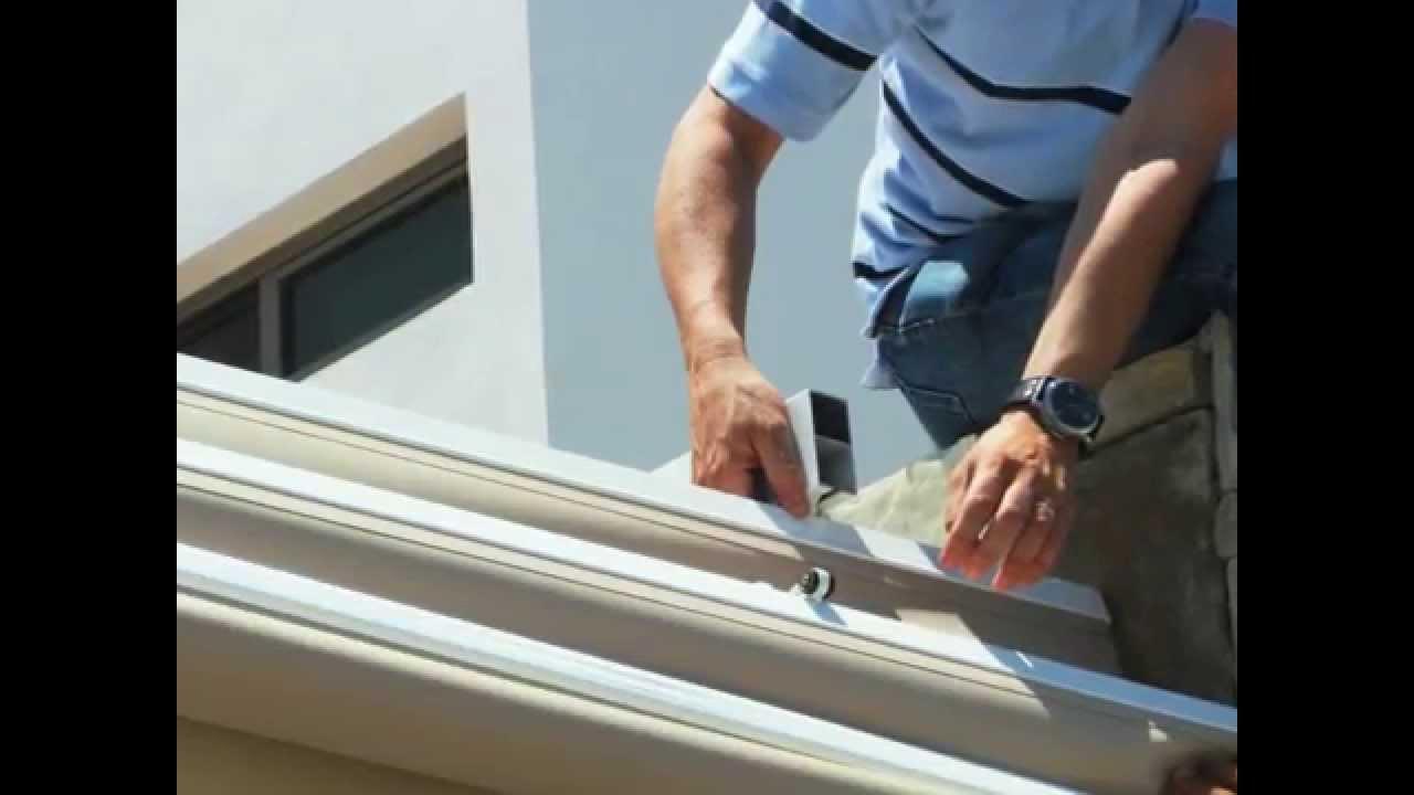 Instalaci n paliller a torino youtube for Perfiles de aluminio para toldos de palilleria