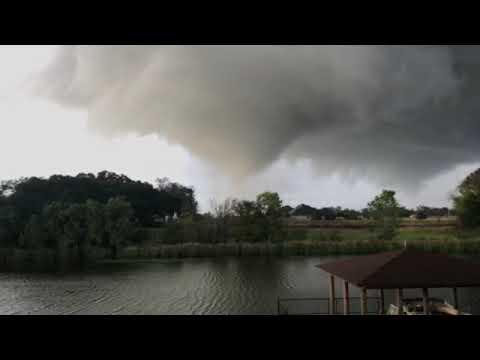 Incredible Tornado near Natchitoches, Louisiana (Nov 5, 2018)