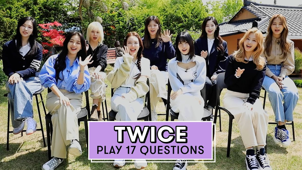 TWICE Reveals Their Embarrassing Habits, Favorite Performance and More| 17 Questions | Seventeen