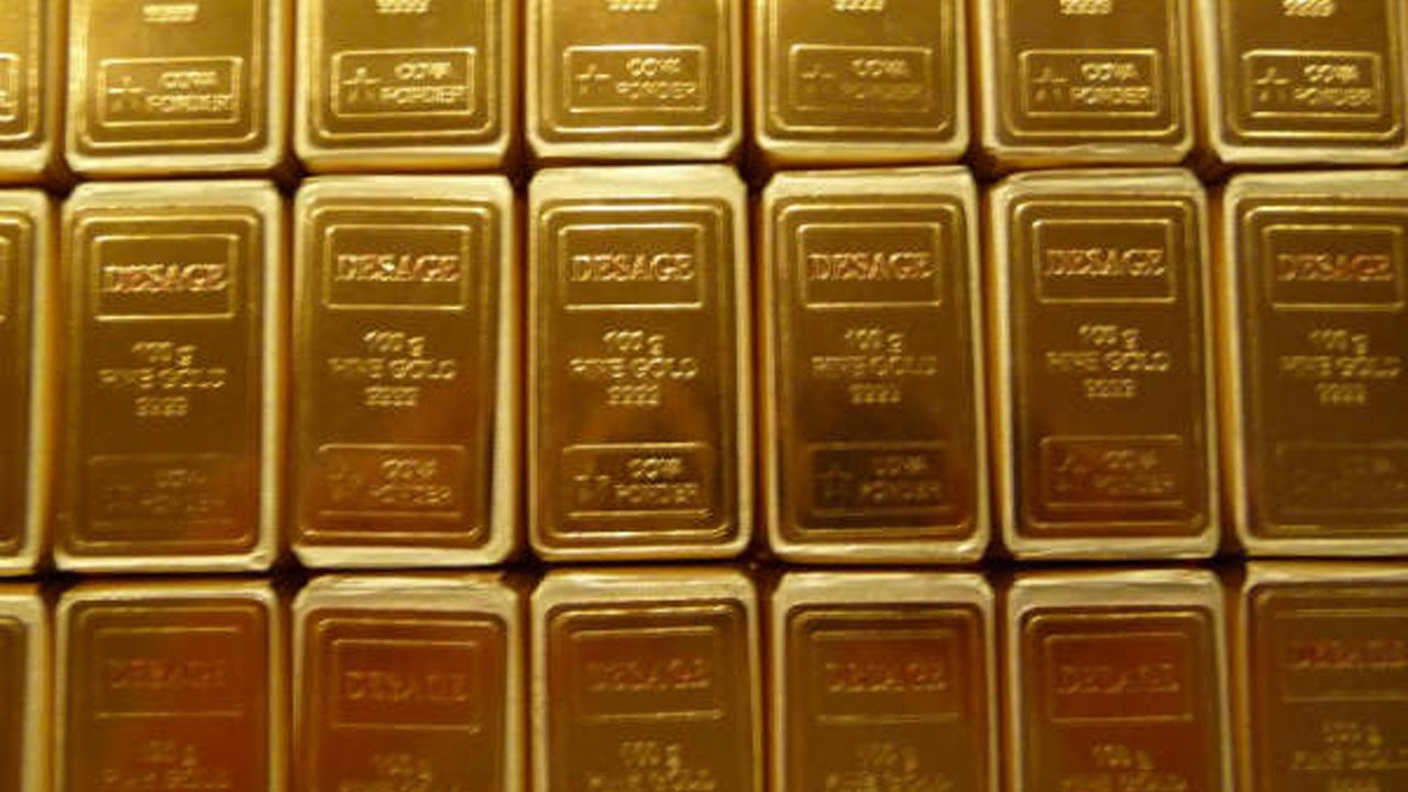 Hyderabad Woman Arrested For Carrying 2 Kg Gold In Her Underwear At Airport Oneindia News You