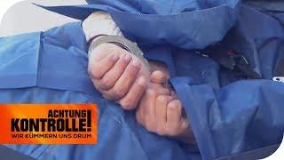 Spuckender Patient in Handschellen: Warum randaliert er? | Achtung Kontrolle | kabel eins