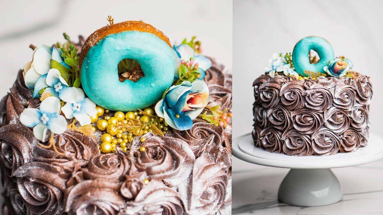 How to Make a Wintery Rosette Cake Design