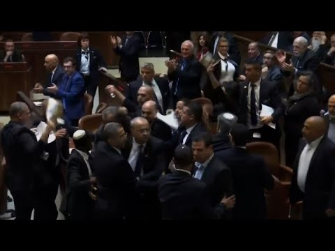Israeli Arab lawmakers ejected while protesting Pence speech