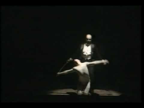 """Nijinsky y Diaghilev bailan el Tango de Strawinsky en """"Misia"""" (1998)"""