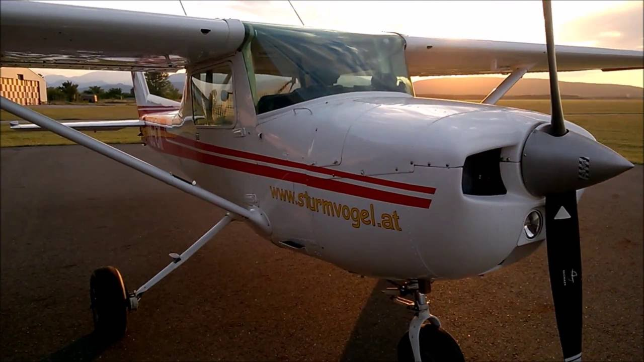 Flying the Cessna 150 M - YouTube