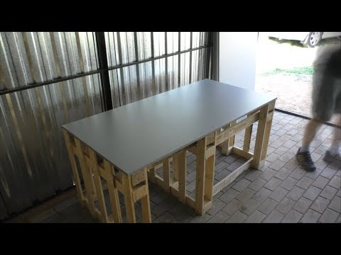Temporary workbench made from palettes. DIY timelapse