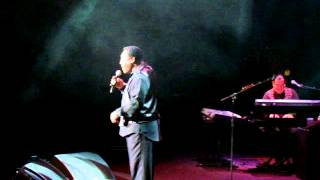 George Benson - In Your Eyes, live in London 2012