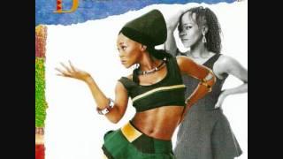 Brenda Fassie - Im in love