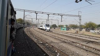 Parallel Arrival at Kanpur Central with Vande Bharat Express