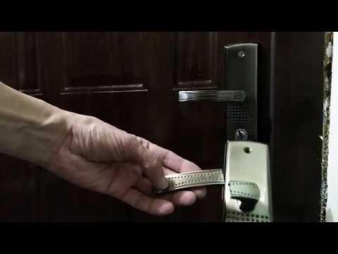 Как снять дверную ручку входной двери