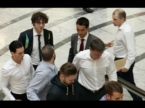 How To Get An Internship In The City I PRANK I Julius Dein