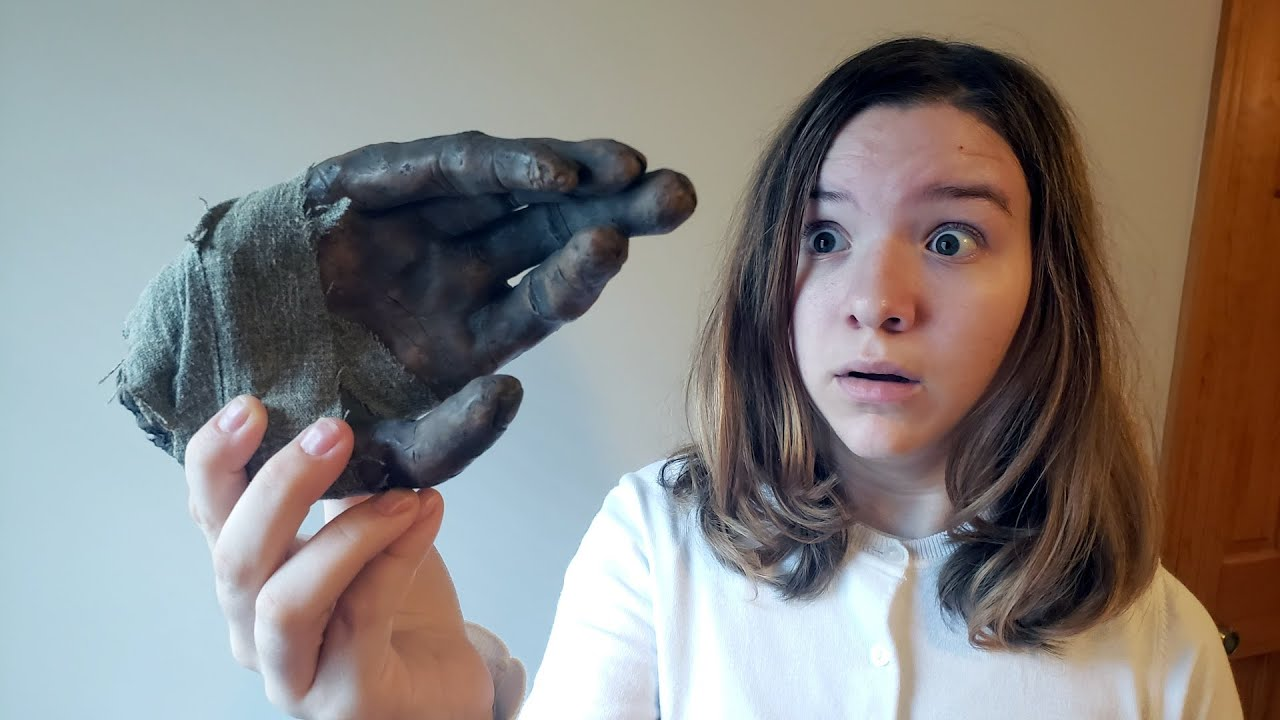 Download THE MUMMY'S HAND. (CREEPY)