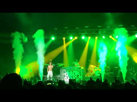 Wiz Khalifa - Medicated Feat. Chevy Woods Live Eugene, OR 4-21-18