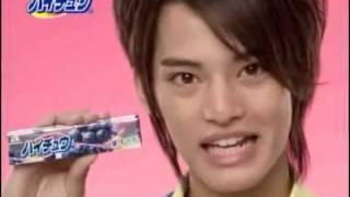 中山優馬の新しいハイチュウの店頭CMです。 Nakayama Yuma Hi-CHEW.
