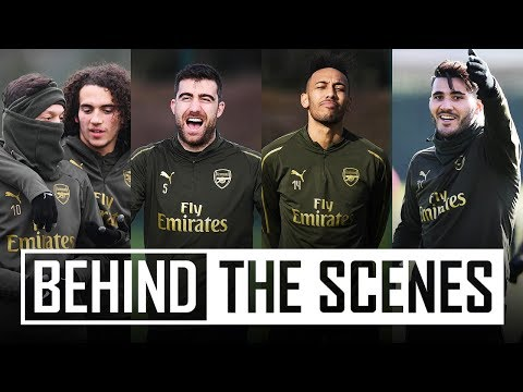 UNAI WITH A SWEET CROSS | Behind the scenes at Arsenal training