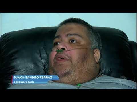 Homem de 250 kg espera cirurgia bariátrica para sobreviver