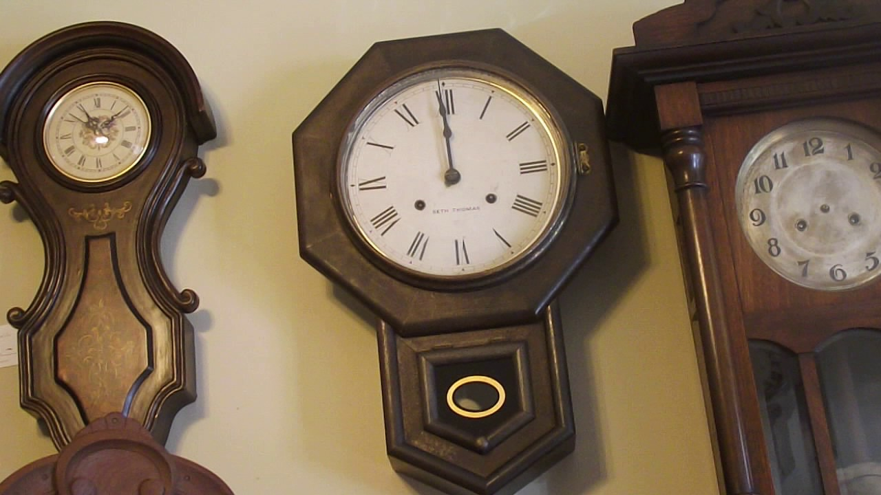 Antique Seth Thomas Schoolhouse Wall Clock Youtube
