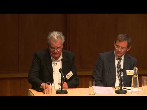 7   John Holden, Robert Hewison, Nick Groom   Panel Discussion and Audience Q&A   14/07/14