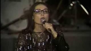 Nana Mouskouri   -  Enas Mithos -