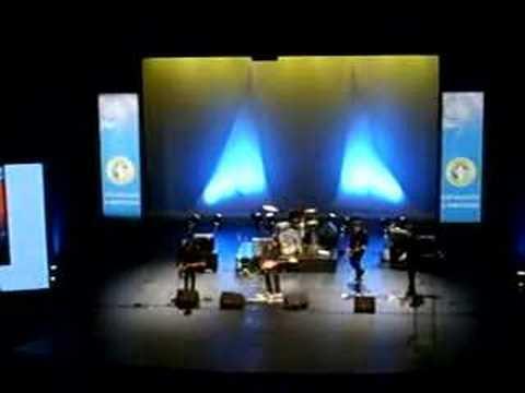 """Robin Foster """"Loop"""" - LIVE - Palais des Arts à Vannes -"""