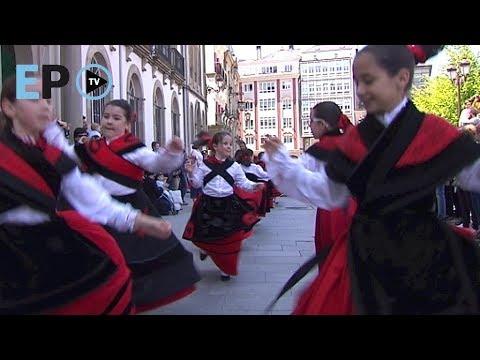 Lugo celebra o Día das Letras Galegas con danza e música na Praza Maior