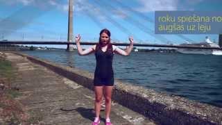 Vingrojam kopā ar Annu- trenējam krūšu muskuļus, jeb rakstura cīņa ar zemes pievilkšanas spēku