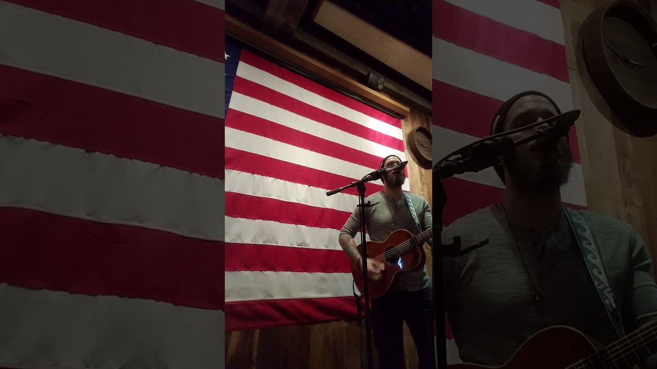 Download Brian Ripps - Fire Away (Chris Stapleton)