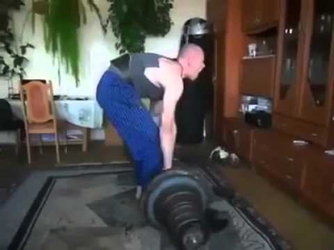 The Worst Deadlift Form Ever Recorded Youtube