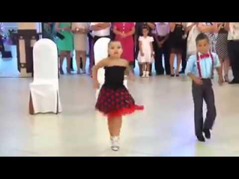 Lungi dance song